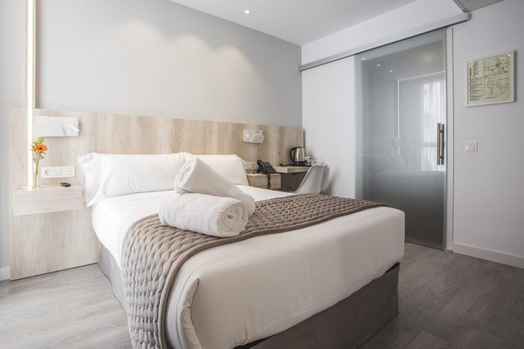 Habitación doble Hotel Ábaster en Soria