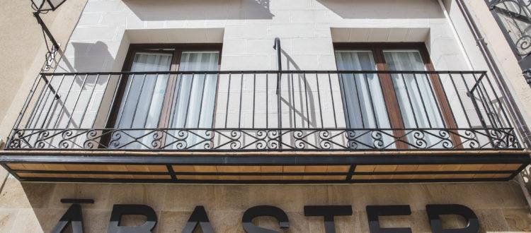 Fachada Hotel Ábaster en Soria