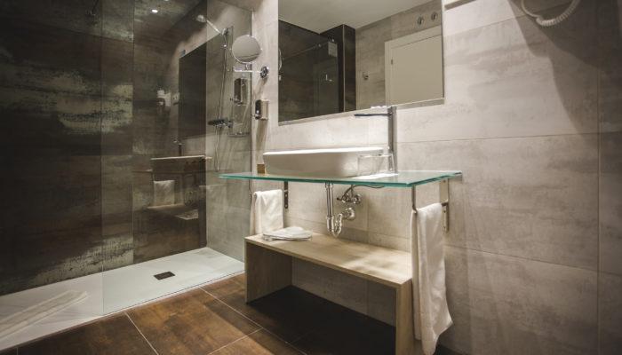 Baño de Hotel en Soria 2