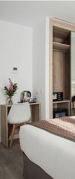 Escritorio Habitación Hotel Ábaster Soria