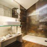 Baño habitación cuádruple